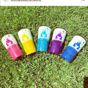 Glitter tumbler with Mickey castle decal
